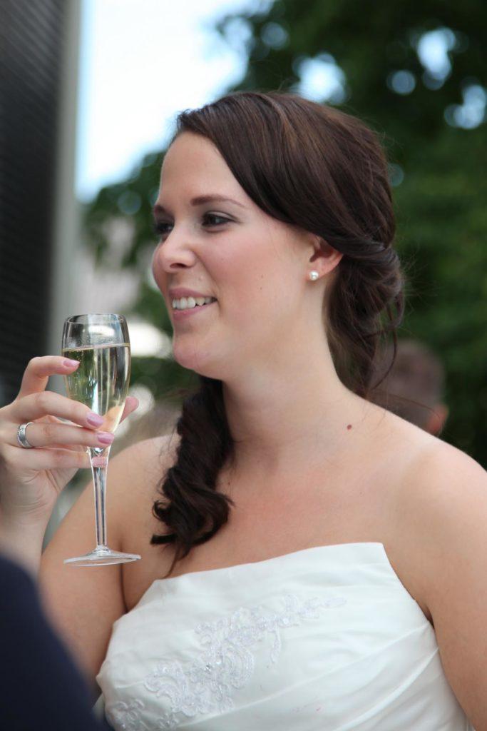 Seitlicher Zopf Brautfrisur